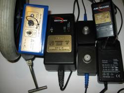 3 зарядных устройства с блоком перемещения.jpg