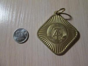 znak_medal_frachnik_za_strelbu_za_rubl_13.jpg -27 р.jpg