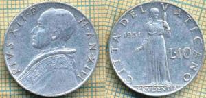 Ватикан 10 лир 1951  50.jpg