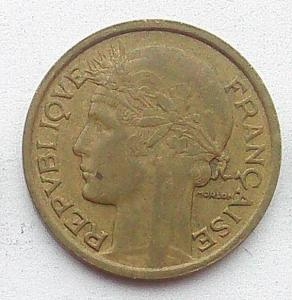 IMG04708выст Франция 1 фр 1938.jpg