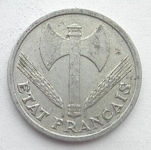 IMG04726выст Франция 1 фр 1944 Виши.jpg