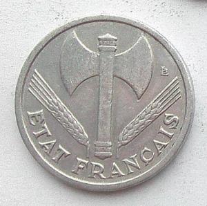IMG04726выст Франция 1 фр 1942.jpg